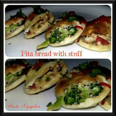 Photo of Pita bread with filling! by yashoda pawar at BetterButter