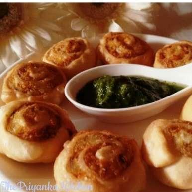 Photo of Spiral Rolls with yummy garlic chutney by Priyanka Gupta at BetterButter