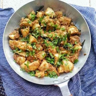 Photo of Spicy Potatoes by Tasneem Rajkotwala at BetterButter