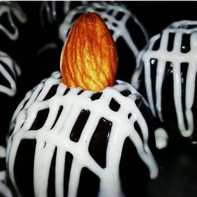 Photo of Dry fruits Chocolate Balls by Aarti Nijapkar at BetterButter