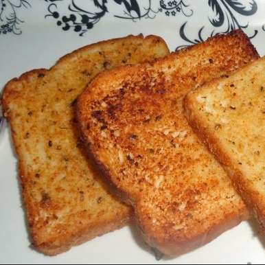 Photo of Simple garlic bread by Sandeep Saini at BetterButter