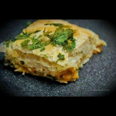 Photo of Cheesy potato masala bread by Balachandrika Kandaswamy at BetterButter