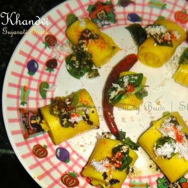 Photo of Khandvi - Gujarati Farsan by sharanya palanisshami at BetterButter