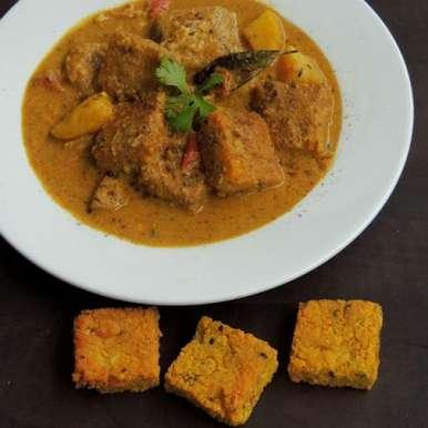 Dhokar Dalna/bengali Lentils Cakes Curry