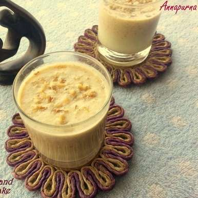 Photo of Dates, Almond and Walnut Milk Shake by Poonam Bachhav at BetterButter