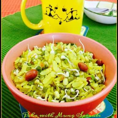 Poha with Mung Sprouts, How to make Poha with Mung Sprouts