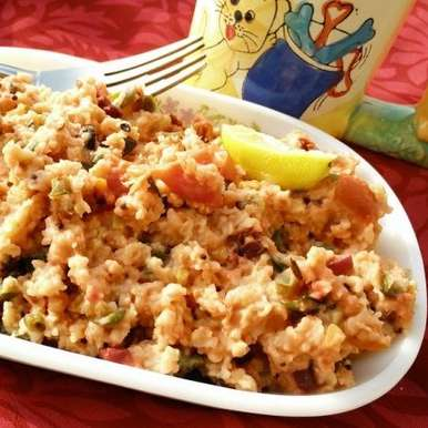 Photo of Vegetable oats upma | Fibre rich breakfast by Suhan Mahajan at BetterButter