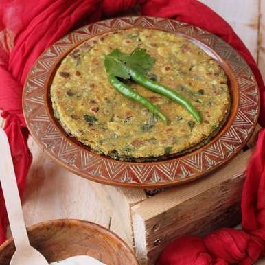 Photo of Oats, Jowar and Methi Thepla by Jagruti D at BetterButter