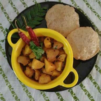 Potato (with skin) Curry recipe in Gujarati, છાલવાળા બટાકા નું રસાવાળુ શાક, Purvi Modi
