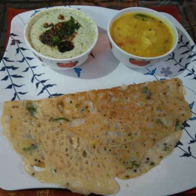 Photo of Rawa dosa and palya by R.Anandi Anand at BetterButter