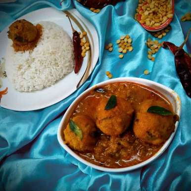 Photo of Lentils ball curry by Rabia Hamnah at BetterButter