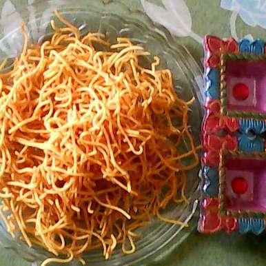 Diwali special - Besan Sev, How to make Diwali special - Besan Sev