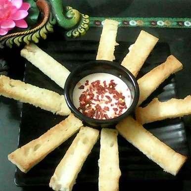 Photo of Garlic Bread Sticks Fondue by Rakhi Abhi Mehrotra at BetterButter