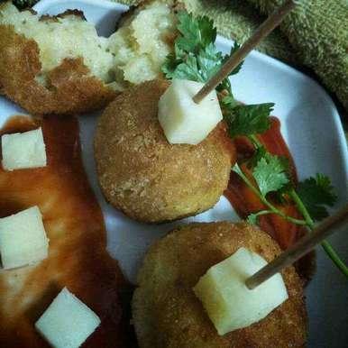 Photo of Cheesy Aloo balls by Rani Soni at BetterButter