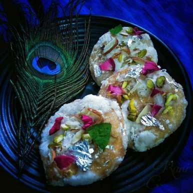 Photo of Sweet Mathri by Rani Soni at BetterButter