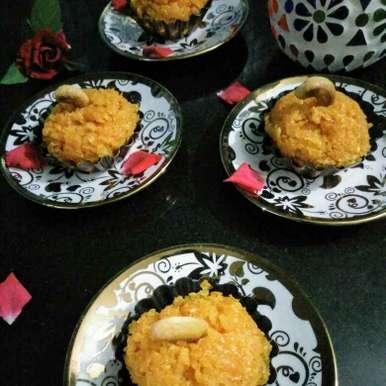 Jhatpat microvave gajar halwa recipe in Hindi,झटपट माइक्रोवेव गाजर हलवा, Reena Andavarapu
