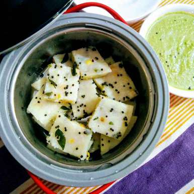 Photo of Sooji Dhokla with green chutney by Reena Andavarapu at BetterButter
