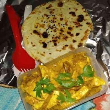 Photo of Paneer butter masala aur lahsuni kulcha by Rimjhim Agarwal at BetterButter