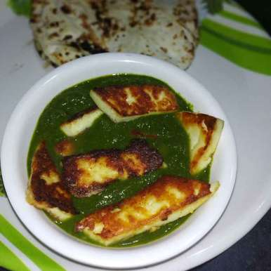 Photo of Tava Paneer In Spinach Gravy by Rimjhim Agarwal at BetterButter
