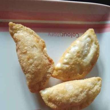 Gujjia recipe in Telugu,కజ్జికాయలు, Sree Vaishnavi
