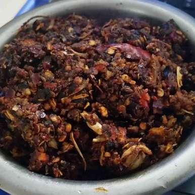 Onion garlic kaaram recipe in Telugu,ఉల్లి వెల్లులి కారం, Sree Vaishnavi
