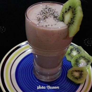 Photo of Kiwi Banana Smoothie by Saba Naseem at BetterButter