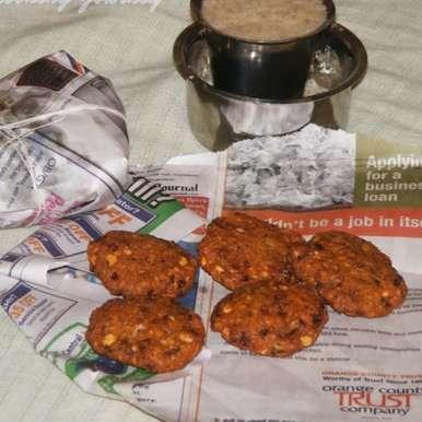 Photo of Tea Kadai Style Masala Vadai by Sandhya Ramakrishnan at BetterButter