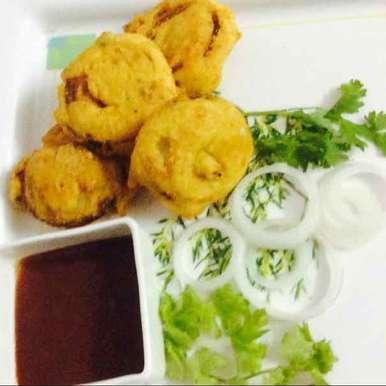 Photo of cheese Stuffed onion pakora by Santosh Bangar at BetterButter