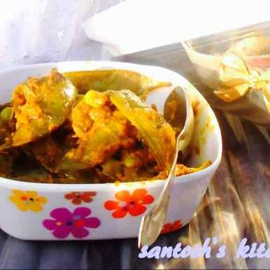 Photo of Masaledar peas shells..... A snack  with-evening tea by Santosh Bangar at BetterButter