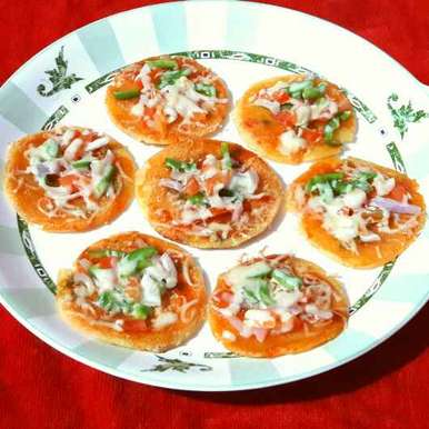 Photo of Uttapam pizza bites by Sanuber Ashrafi at BetterButter