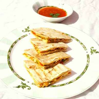 Photo of Cheese Quesadillas with Salsa dip by Sanuber Ashrafi at BetterButter