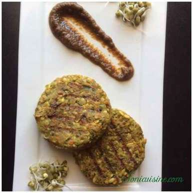 Photo of Sprouted moong, oats and veggie kabab by Sarika Singh at BetterButter
