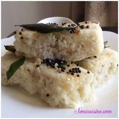 Photo of Instant white khatta dhokla by Sarika Singh at BetterButter