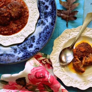 Lahabi Kebab/Moachi Kebab - Kashmiri Kebabs Cooked In Yogurt And Tomato Curry, How to make Lahabi Kebab/Moachi Kebab - Kashmiri Kebabs Cooked In Yogurt And Tomato Curry