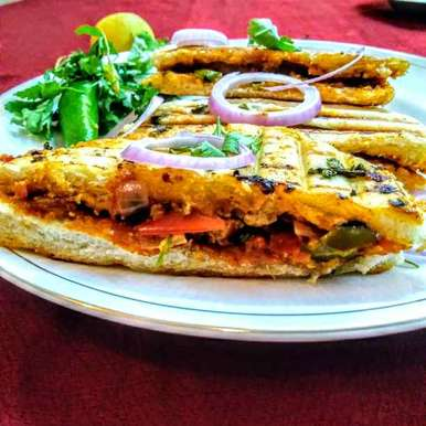 Photo of Paneer stuffed kulcha sandwich by Shakuntla Tulshyan at BetterButter