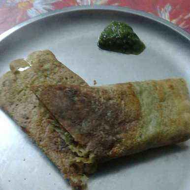 Photo of Mix dal cheela with peas paneer filling by Shalini Agarwal at BetterButter