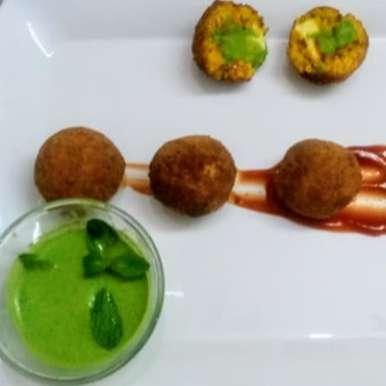 Photo of Khichdi Cheese Balls with Green chutney by Sheena Omana Narayanan at BetterButter