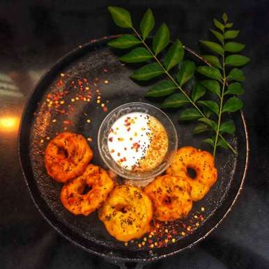 Photo of Rawa wada with curd dip by Shraddha Tikkas at BetterButter
