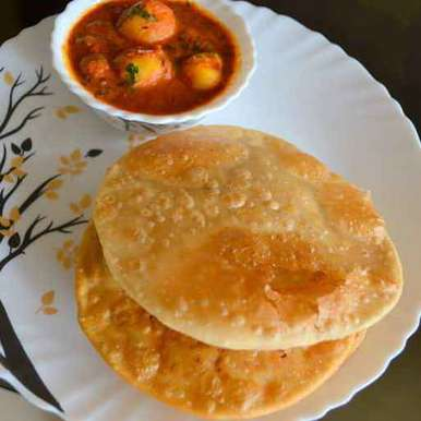 Photo of Radhavallahi puri aur dum aalu (bina lahsun by Shubha Salpekar Deshmukh at BetterButter