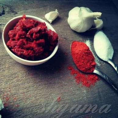 Photo of Instant Chilli garlic chutney by shyama thanvi at BetterButter