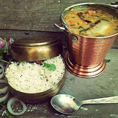 Photo of Bundelkhandi tadka daal with mathaa rice by shyama thanvi at BetterButter