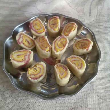 Photo of Butter aur kaju ke roll by Smt Veena Saraf at BetterButter
