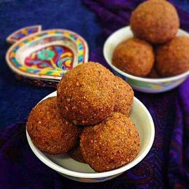 Photo of Punjabi Pinni Laddus by Sonia Shringarpure at BetterButter