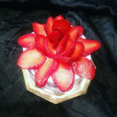 Photo of Strawberry Flower Gateaux by Sonoo Modani at BetterButter