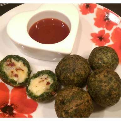 Photo of Cheesy spinach balls by Sreemoyee Bhattacharjee at BetterButter