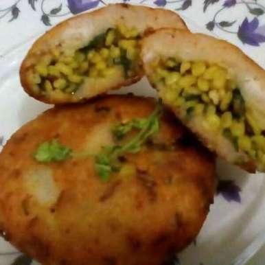 Moong daal bharwa Alau bread tikki recipe in Hindi,मूंग दाल भरवा आलू ब्रेड टिक्की, subhadra arya
