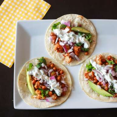 ROASTED CAULIFLOWER CHICKPEAS TACO WITH CILANTRO LIME CREMA, How to make ROASTED CAULIFLOWER CHICKPEAS TACO WITH CILANTRO LIME CREMA