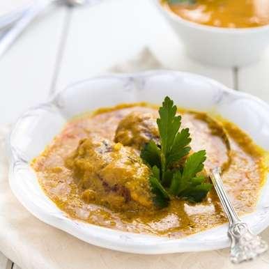 Photo of Kachche kela ka kofta curry by Sujata Limbu at BetterButter