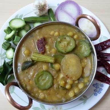 Photo of BATAANI KATTU - white pea vegetable curry by Sujatha Ratnala at BetterButter