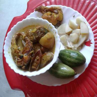 Photo of Bengali fish curry with potato and pointed gourd by Sunanda Jash at BetterButter